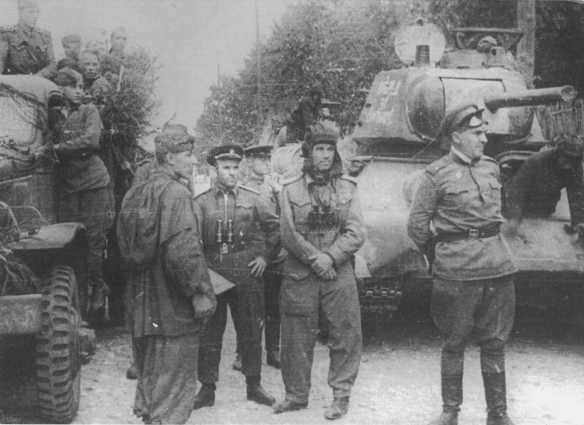 туркменская сср фотографии танков и танкистов кошек