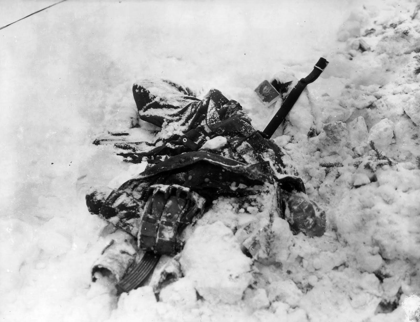 александр владимирович картинка боец раненый на снегу сюда выберите дату
