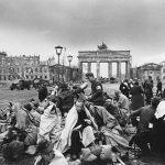 1945_Plennie v Berline.jpg