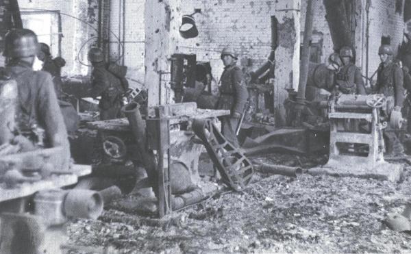 Dresden Altstadt Fig 3 Ruins of Factory