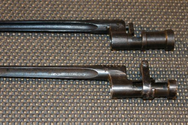 к винтовке Мосина. обр. 1891 г. (внизу) и обр. 1891 1930 г. (вверху) (01)