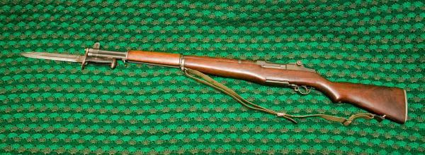 винтовка M1 Garand с примкнутым штыком M1 обр. 1943 года 02