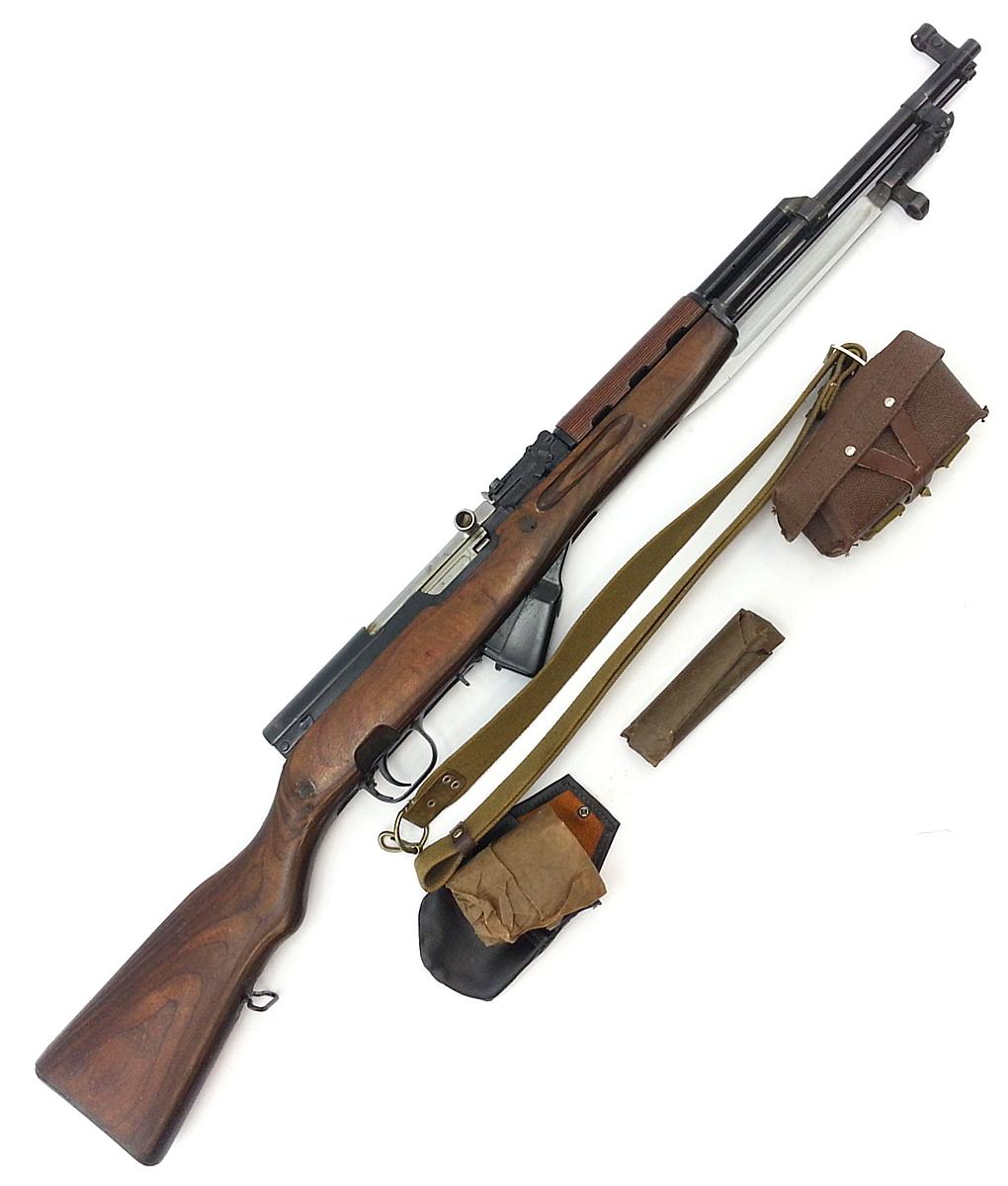 карабин Симонова (СКС 45) с клинковым штыком 42