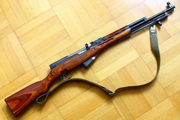 карабин Симонова (СКС 45) с игольчатым штыком 30
