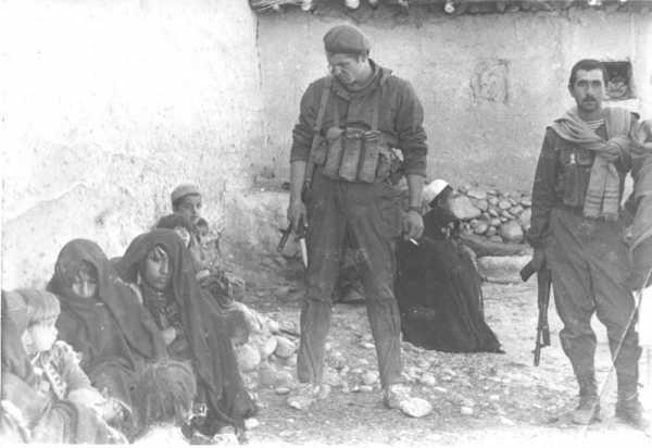 штык нож к автомату АК 74 у советского бойца (Афганская война) 02