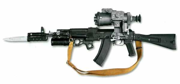 АК 74 с примкнутым штык ножом 6Х5 (02)