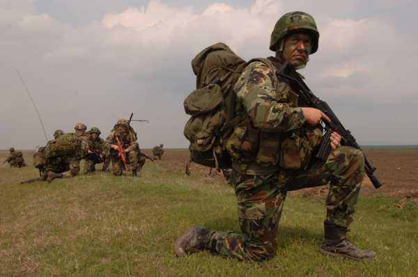 Bulgarian paratrooper