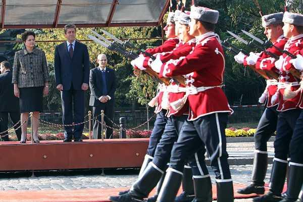 970px Rousseff Parvanov guard