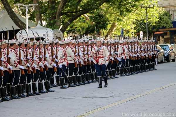 Sofia Guard of Honour (09)