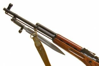 карабин Симонова (СКС 45) с клинковым штыком 33