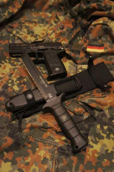 Kampfmesser KM2000 (06)