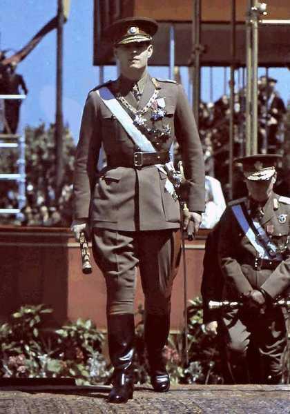 Румынский Король Михай I на Параде Румынской Армии 10 мая 1943 года