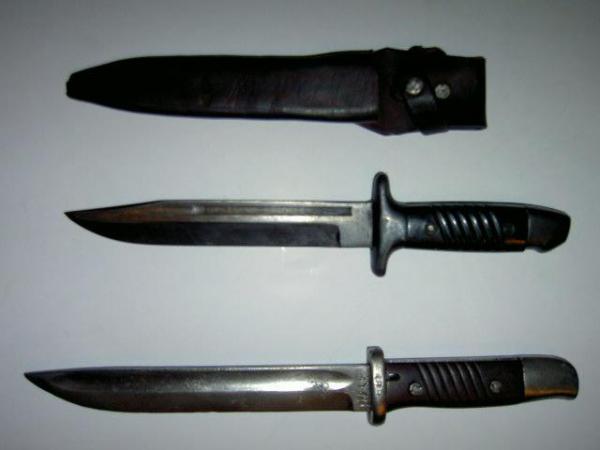 болгарский армейский обр. 1953 года в сравнении с переделочным ножом обр. 1949 года 01