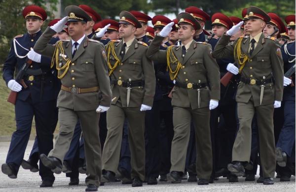 из военного училища в г. Велико Тырново по случаю парада 6 мая 2020 года (День Мужества и Болгарской Армии)