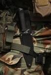 солдат с автоматом АК и боевым ножом 02