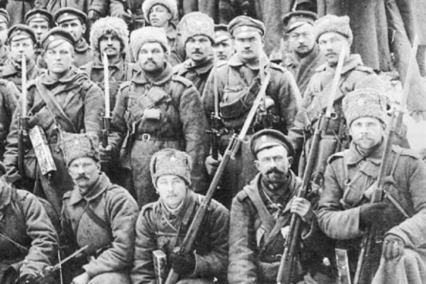 солдаты с винтовками Арисака со штыками 01