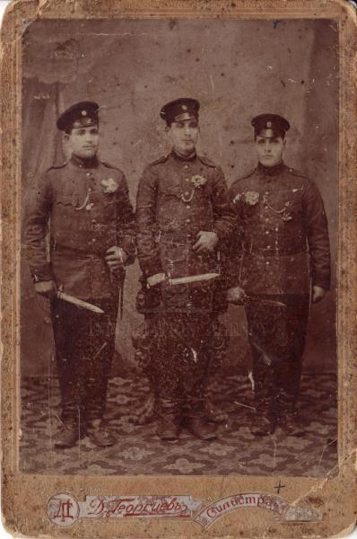 . Войници от 31 ви пехотен Варненски полк. Снимката изпрати Валентин Киров. На Българските въстания