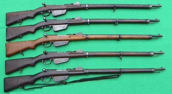 Манлихера (сверху вниз). M1886, M1886 90, M1888, M1888 90 (болгарский вариант), M1888 90 (австрийский вариант)
