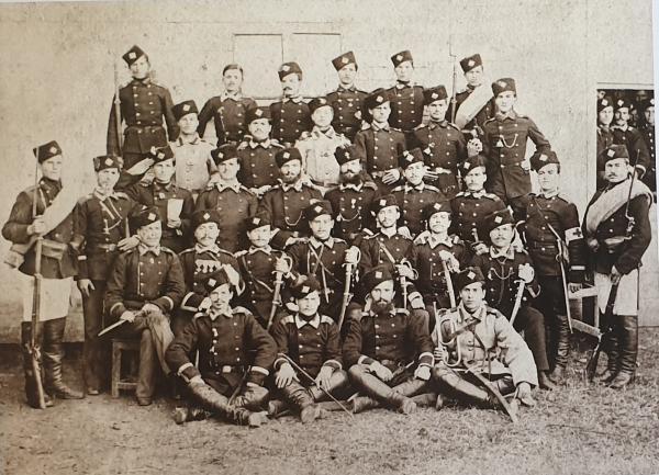 офицеры и солдаты пехоты Восточно Румелийской милиции, 1882 год (01)