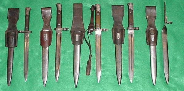 штыки. Слева направо. Манлихер М86, Манлихер М88, 88 90 & 90 солдатский, Манлихер М88, 88 90 & 90 подофицерский, Манлихер М90 , Манлихер М88