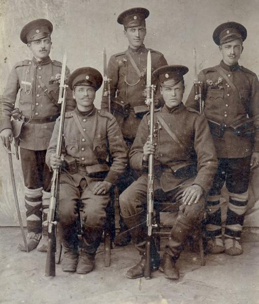 фото болгарских военнослужащих с винтовками Манлихера М1888 (01) — копия
