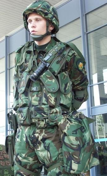 армии Республики Болгарии. Что у него за нож (вопрос)