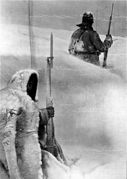 военнослужащие на посту зимой. ПМВ (01)