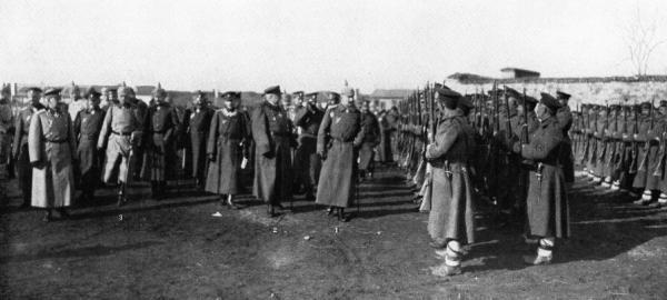 II, Фердинанд I и генерал Макензен в оккупированном Нише. ПМВ