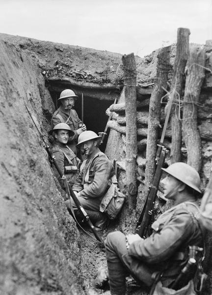 Royal Fusiliers in trench Macedonia 1917 IWM Q 32896
