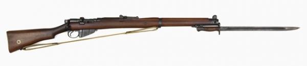 винтовка Ли Энфилд (SMLE) Mk III с примкнутым штыком обр. 1907 13 года (01)