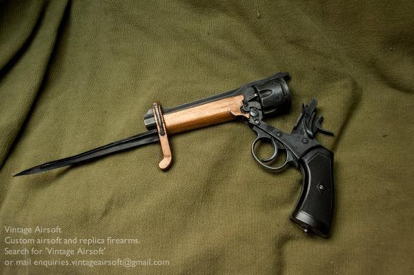 Webley Mk VI. Pritchard Greener Bayonet 11
