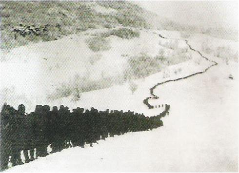 солдаты в Албанских горах. ПМВ 02