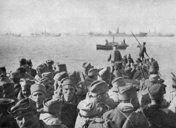 солдаты на побережье Адриатического моря. Перед эвакуацией. ПМВ