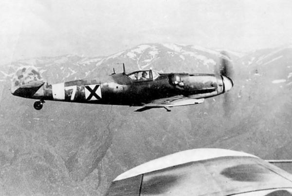 Messerschmitt Bf 109G6 Erla RBuAF 3.6 Orljak White 7 Stoyan Stoyanov Kdr over Bulgaria early 1944 03